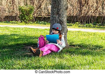 outdoors, książka, park, czytanie, dziecko