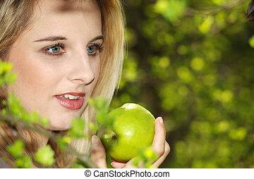outdors, kvinna, äpple, nätt