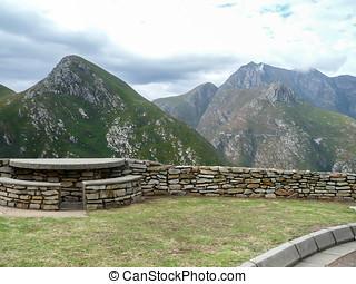 Outeniqua Mountains view point