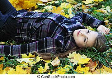 outono, gramado, mulher