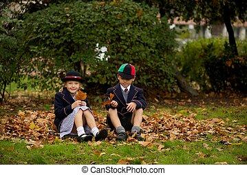 outono, irmã, folhas, irmão, sentando