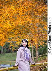 outono, mulher, conceito, parque, bonito, autumn., jovem
