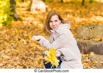 outono, mulher, parque, folheia