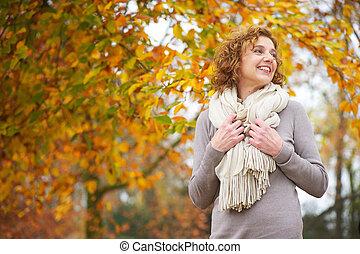outono, mulher sorridente, velho