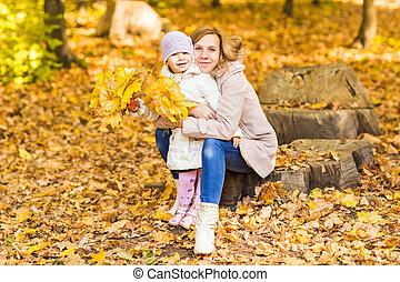 outono, parque, mulher, filha, feliz
