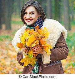 outono, posar, mulher, parque, jovem