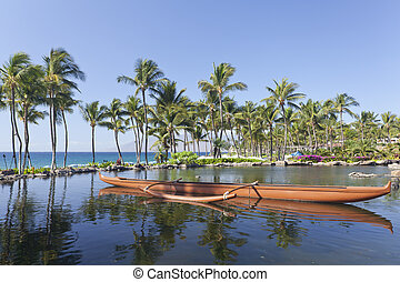 Outrigger Hawaiian Canoe - Maui outrigger adventure canoe on...