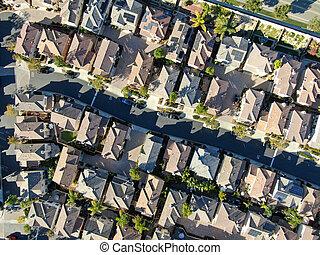 outro, logo, aéreo, residencial, vista superior, cada, superior, meio, casa, vizinhança, classe