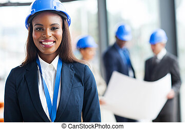 ouvrier construction, africain femelle