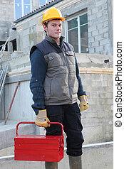 ouvrier construction, arrivant, au travail
