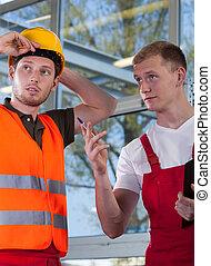 ouvrier construction, ingénieur