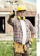 ouvrier construction, quelque chose, pointage
