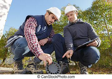 ouvrier, directeur, inspection, égout, drain