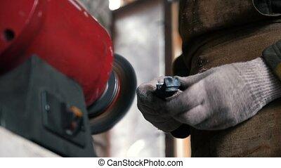 ouvrier industriel, haut, émoulage, gants, fin, utilisation...