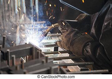 ouvrier industriel, soudure