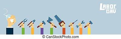 ouvrier manuel, marteau, gens, prise, scie, main, clé, international, jour, main-d'œuvre, outils