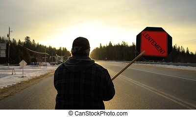 ouvrier, panneaux signalisations, construction, arrêt