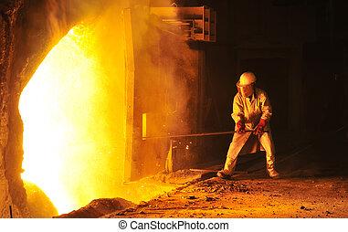 ouvrier, prend, a, échantillon, à, acier, compagnie