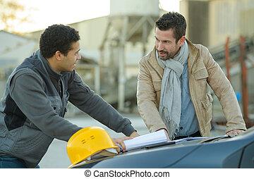 ouvriers, construction, lecture, dessin