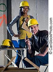 ouvriers, construction, mâle, multi-ethnique, femme