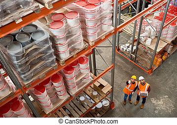 ouvriers entrepôt, moderne
