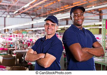 ouvriers textile, traversé, usine, bras