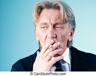 ouwetjes, guy., series., smoker's, het kijken, buiten,...