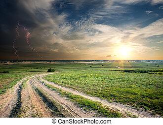 oväder, över, den, väg, in, fält