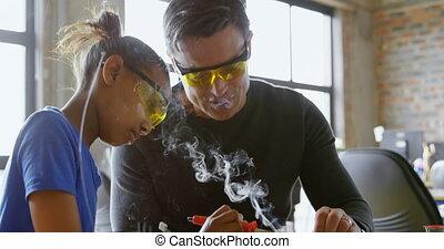 over, dochter, haar, vader, 4k, ijzer, soldering, onderwijs