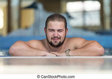 overgewicht man, relaxen, in, de, zwembad