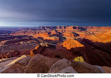 Dead Horse Canyon - Overlooking Dead Horse Canyon near Moab...