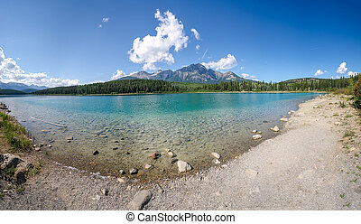 overview of Patricia Lake in Jasper in Canada