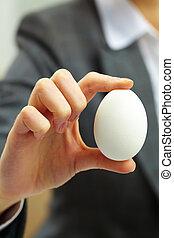 ovo, mão