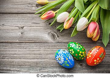 ovos páscoa, e, fresco, primavera, tulips