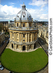 Aerial view of a library in Oxford (UK).