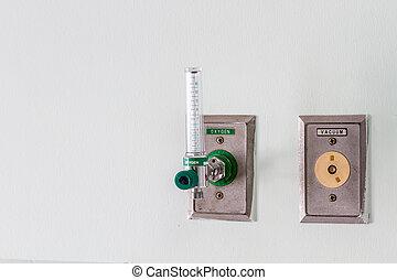 Oxygen gauge in hospital room