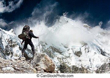 oyu, nepal, -, due, cho, trekkers, khumbu, valle