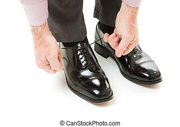 pár, új cipő