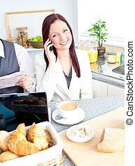 párosít, businesspeople, birtoklás, konyha, reggeli, elfoglalt