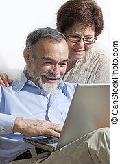 párosít, laptop, idősebb ember