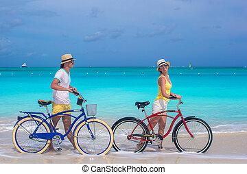 párosít szünidő, tropikus, bringák, lovaglás, közben, boldog