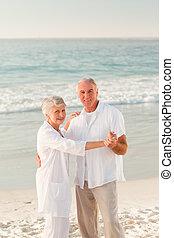 párosít, tengerpart, öregedő, tánc