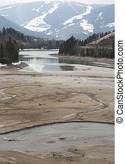 pântano, formado, de, água lago, em, norte, itália, durante, um, seca