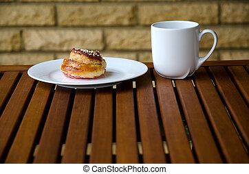 pão canela, com, café