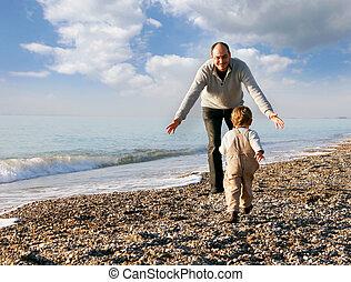 père fils, sur, plage