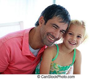 père, sourire, appareil photo, fille