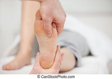 pé, colocar, seu, practitioner, polegar