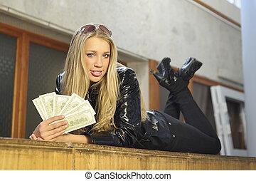 pénz, leány