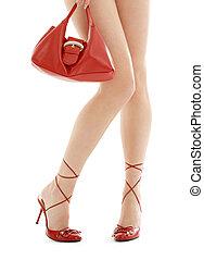 pénztárca, hosszú, magas sarkú cipő, combok, piros