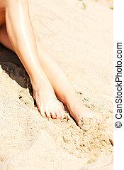 pés, areia, mulher